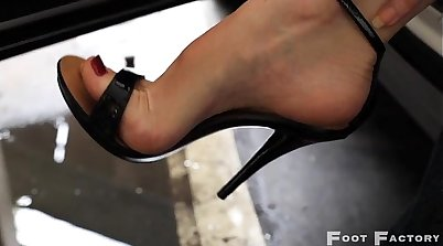 BBW showing her massive tits with high heel