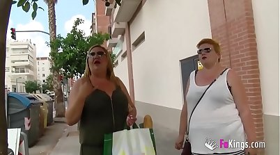 Chubby mature threesome with blonde from my iphone