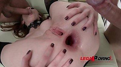 Nikki Tyler takes anal sex